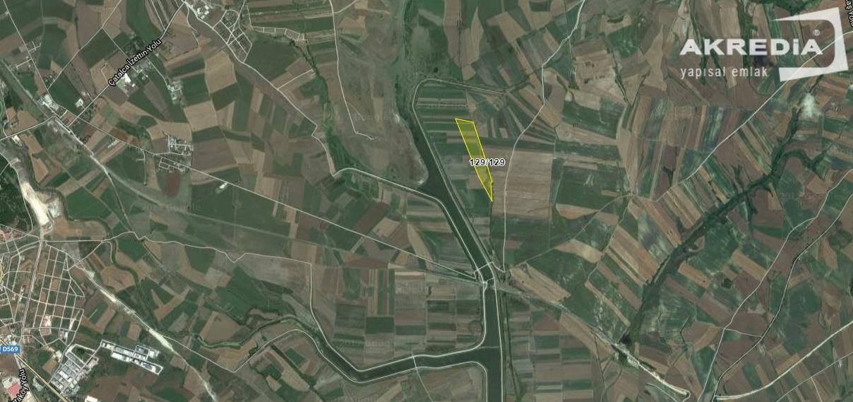Çatalca İzzettin'de Çayır Vasfında 129 Ada 129 Parsel 1088 m2
